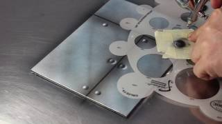 Airbrush Quick Tips : Metal Plate
