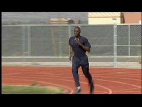 How to Train for the 200m Sprint : Running the 200m Sprint After the Turn