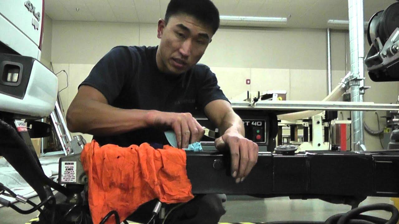 Boat Trailer Brakes >> Asian Bass Guy UFP surge brake bleed on bass boat trailer ...