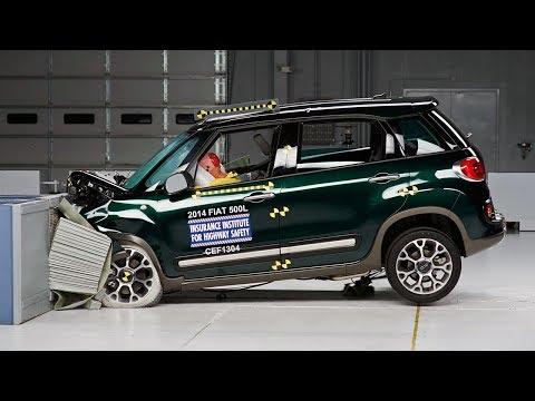 2014 Fiat 500L moderate overlap test