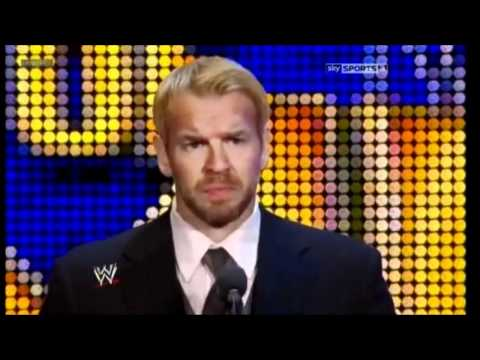 Edge gets inducted into the WWE Hall of Fame 2012