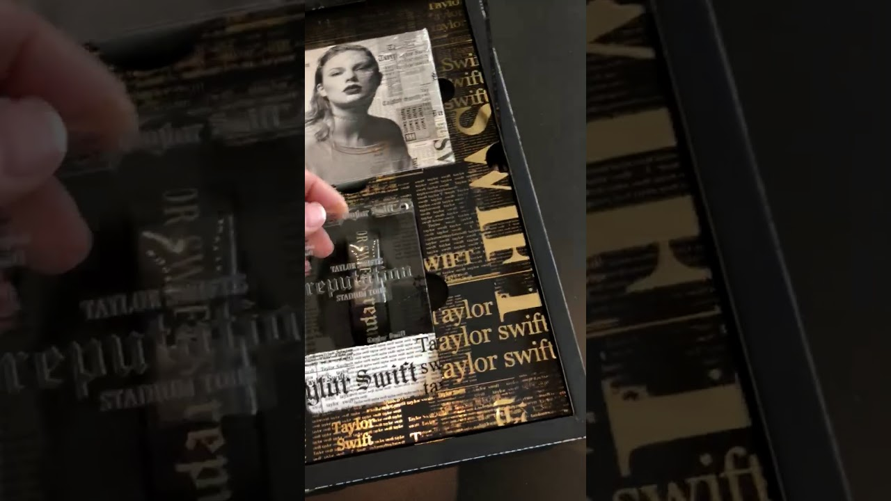 Look inside taylor swifts vip invite boxes for reputation stadium look inside taylor swifts vip invite boxes for reputation stadium tour m4hsunfo