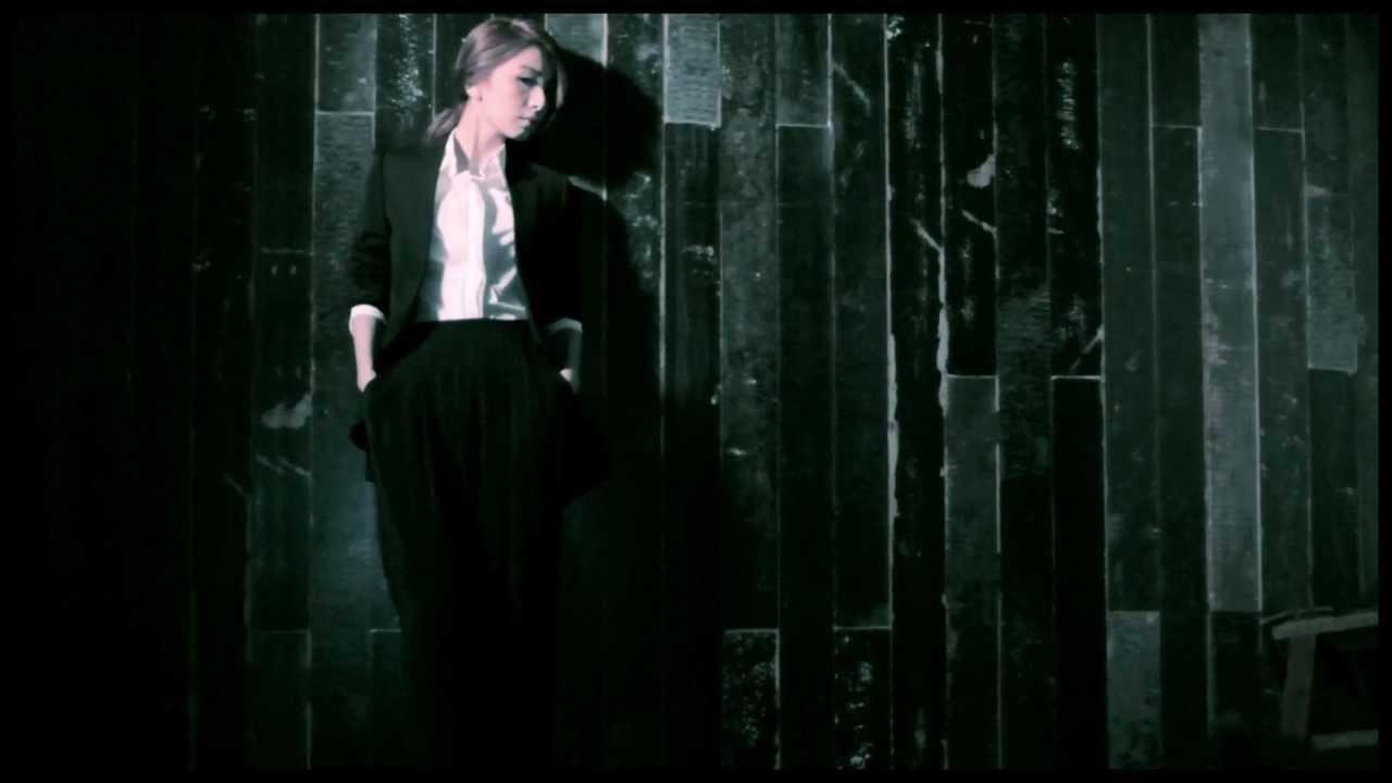 田馥甄 - 魔鬼中的天使 Angel Devil (高清HD官方版MV) - YouTube