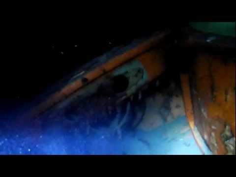 wreck diving trimix diver  explorer