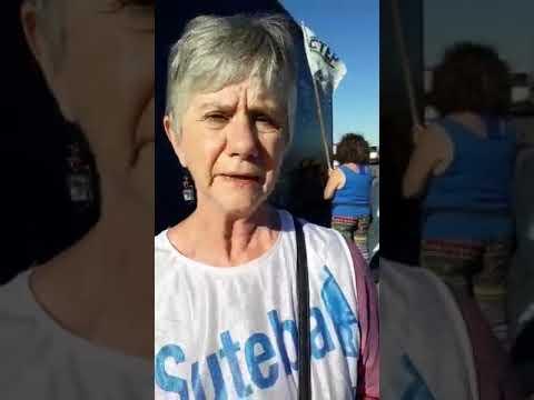 """María Reigada en la protesta """"Esto no va más"""" en Luján"""