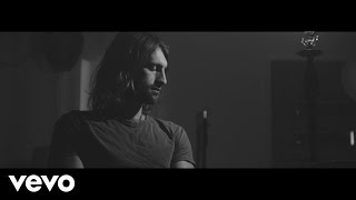 Ryan Hurd - Hold You Back