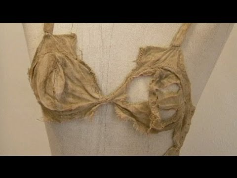 euronews-science---medieval-lingerie