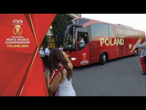 Polish fans fill Centennial Hall in Wroclaw