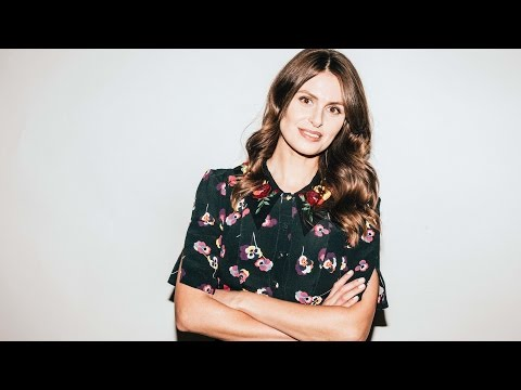 """Ellie Taylor On Her Tour """"Infidelliety"""""""