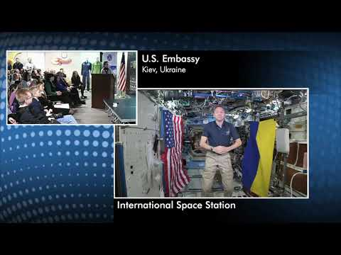 Space Station Commander Discusses Life in Space with Ukrainian Students