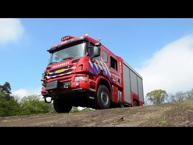 06-05-2017 Presentatie nieuw voertuig brandweer Laren Gld