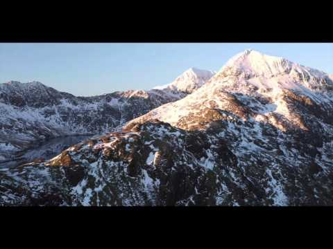 Amodau Dan Draed - Awdurdod Parc Cenedlaethol Eryri