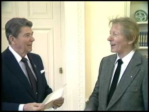 President Reagan S Photo Opportunities In The Cabinet Room And Oval Office On March 17 1986