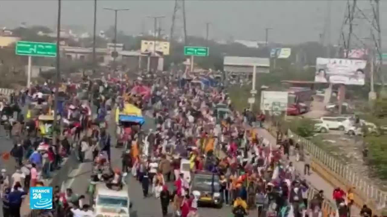 مزارعو الهند يتظاهرون ضد قوانين وضعتها الحكومة تضر بمصالحهم  - نشر قبل 6 ساعة
