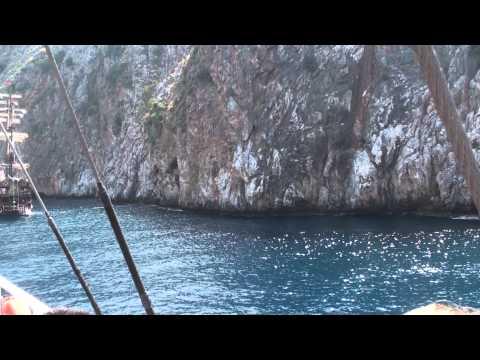 Alanya Boat Trip Harbour - Preparing the jump
