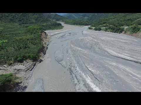 荖濃溪勤和村上游崩塌地與河流現況  20170610