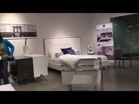 Las Vegas Modern Furniture Trends 2018 World Market Center 01