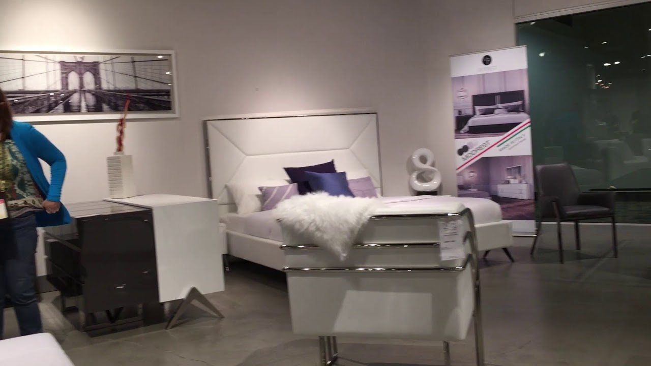 Las vegas modern furniture trends 2018 world market center 01