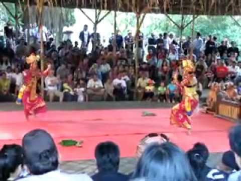 Legong Jobog Bali Arts Festival 2010 (Part 2).mp4