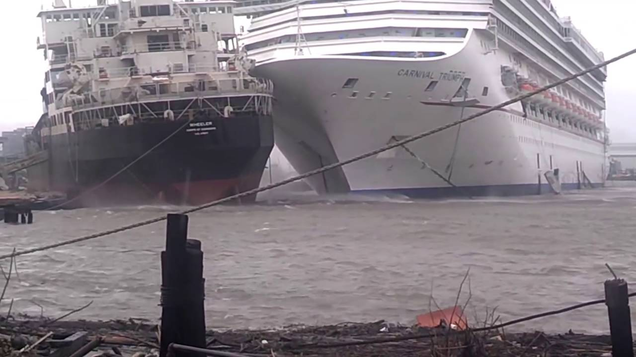 Cruise Ships Crash Into Each Other At Sea Youtube