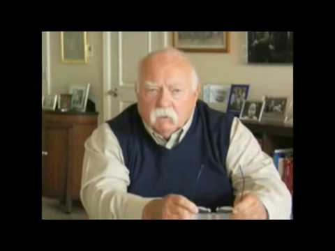 Wilford Brimley's drapes that don't match the carpet