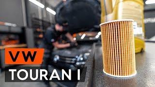 Cum schimbare Filtru ulei VW TOURAN (1T3) - video online gratuit