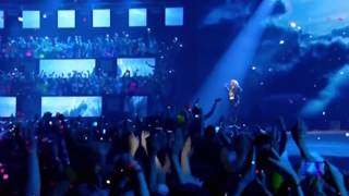 Яна - Одинокий голубь 22.11.2014 Супердискотека 90-х Санкт-Петербург СКК