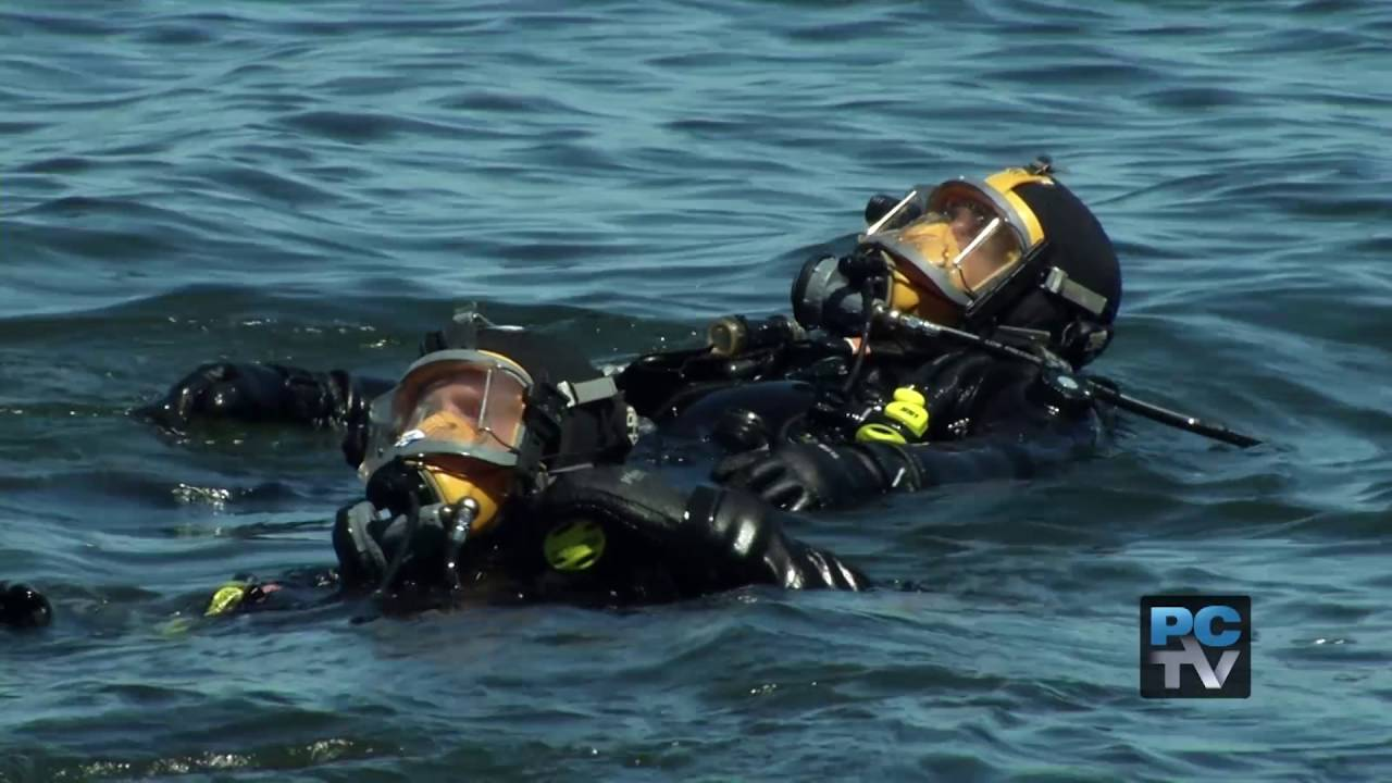 Scuba with members of the Pierce County Sheriff's Metro Dive Team