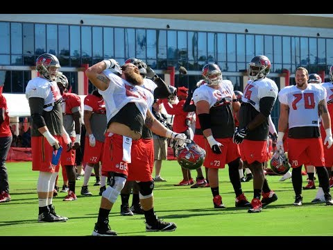 Road Trippin': Tampa Bay Buccaneers Open Practice 2017 & Lunch At Lee Roy Selmon's