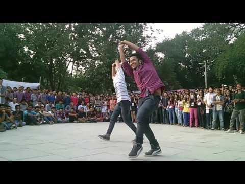 two boys dance iit roorkee thomso 15 street dance HD