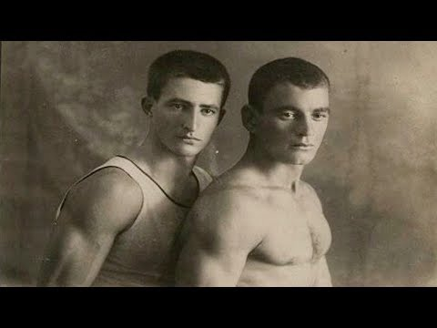 Emotional Vintage Photos Of Gay Couples from YouTube · Duration:  3 minutes 39 seconds