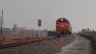 20181027 154857 2次觀光列車鎮安南通過