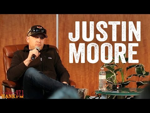 Justin Moore - 1st Day of Kindergarten, His Favorite Song, & Duet [Artist Interview]