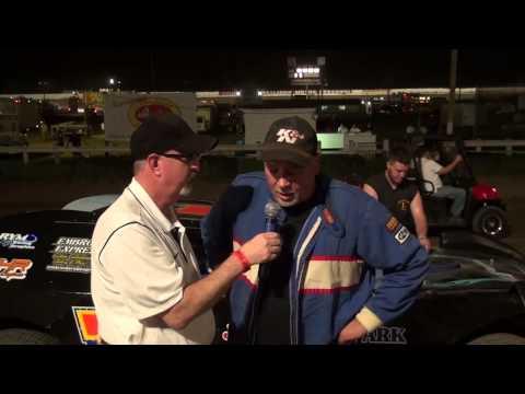 Bill Robertson battled early leader Nick Kocuba to pick up the Sportsman win.
