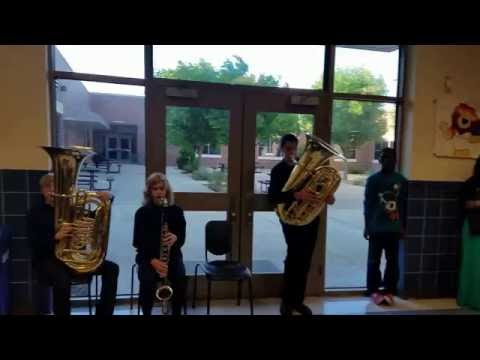 Maus Middle School Bands performs fight song May 26, 2016