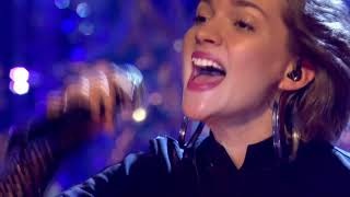 Alan Walker ft. Tove Styrke - Faded (Live Top Of The Pops New Year 31Dec 2016 BBC)