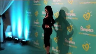 Jennifer Love Hewitt Gives Pregnancy Update - Splash News | Splash News TV | Splash News TV