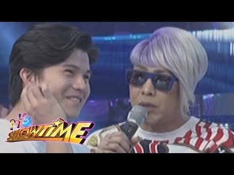 It's Showtime Copy-Cut: What does Vice Ganda tell about Hashtag Tom's shirt?