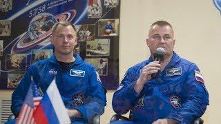 Предстартовая пресс-конференция экипажей ТПК «Союз МС-10»