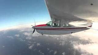 Primer despegue y aproximación instrumentos Cessna Centurion 210T