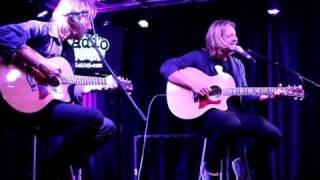 Switchfoot - Dark Horses (Radio104.5 Studio Session)