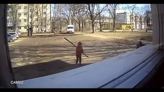 Рославль 12 Микрорайон Красноармейская 13 Б Возле Чужих Окон Играют