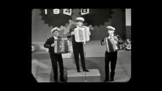 The Three Jacksons: Medley Als de Klok van Arnemuiden