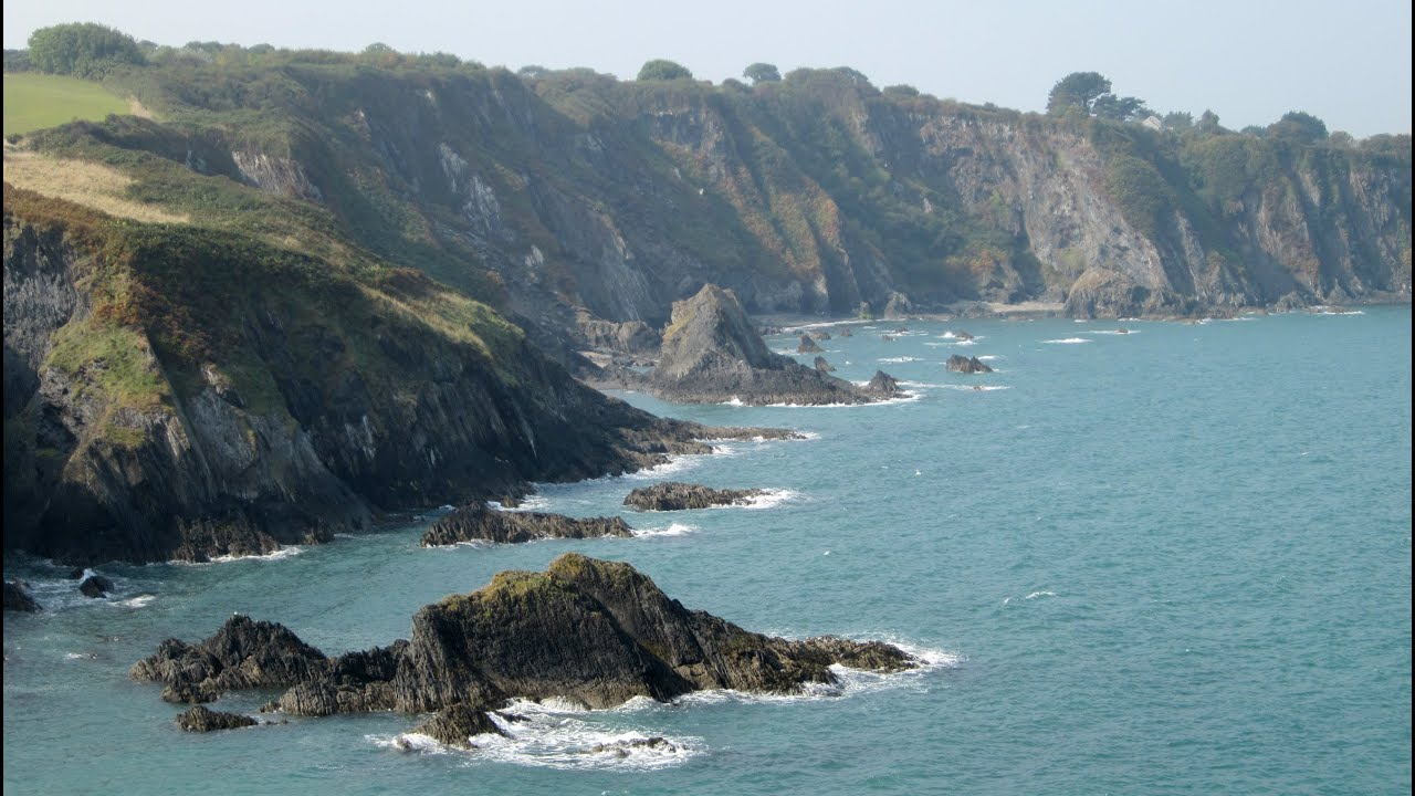 A Day Hike Along The Pembrokeshire Coast Path From Parrog To Cwm Yr Eglwys