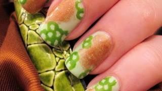 Lizard Nail Art