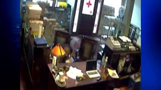 Video: Thief steals deposit bag from Milford business