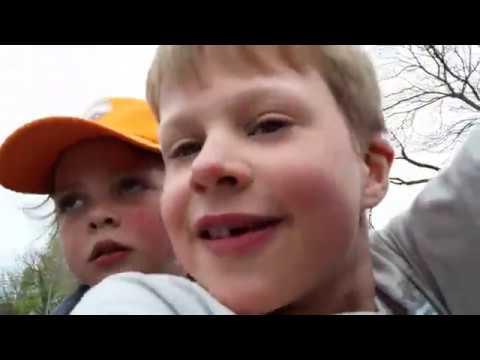 Tycho en Milou vlog #002: Stunten met de traktor