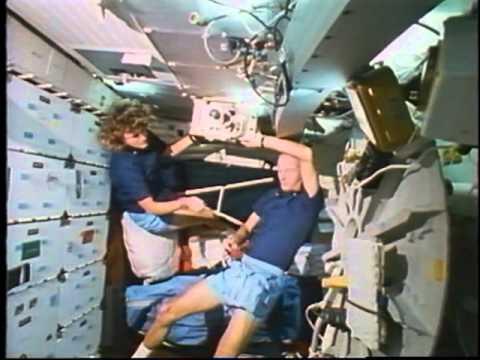 Space Shuttle Flight 31 (STS-34) Post-Flight Presentation