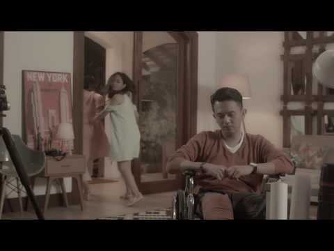 THE POTTERS - TERSENYUM TAPI TERLUKA (OFFICIAL VIDEO)
