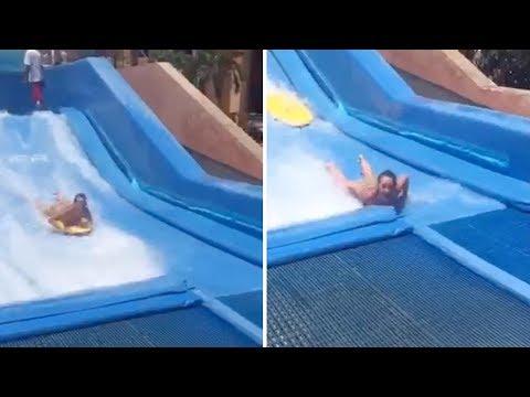 Una mujer termina desnuda y con varias vértebras rotas tras accidentarse en un simulador de olas